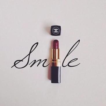smile chanel